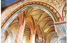 Die Marienkirche in Bergen auf Rügen hat schöne Fresken im Inneren.