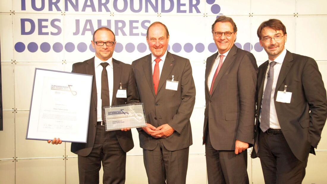 """Die Wirtschaftsprüfungsgesellschaft BDO und das Magazin 'impulse' zeichnen Knaus Tabbert """"Turnarounder des Jahres 2012"""" aus."""