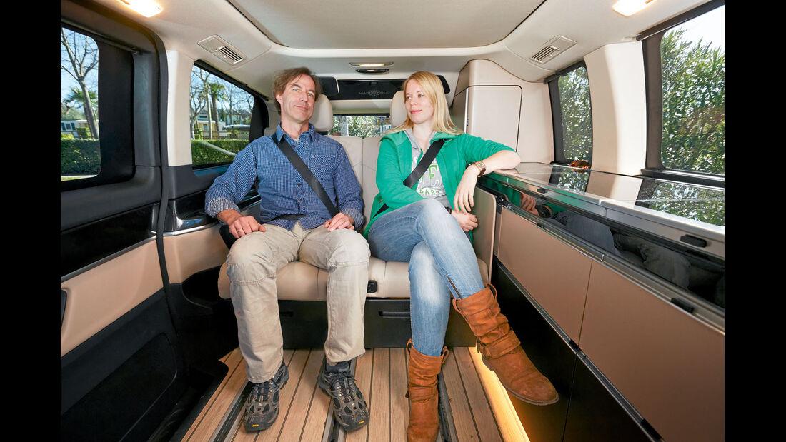 Die aufblasbaren Sitzwangen geben Seitenhalt beim Mercedes
