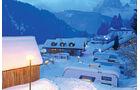 Die vier Campingplaetze im Fassatal punkten mit einer hohen, recht schneesicheren Lage.