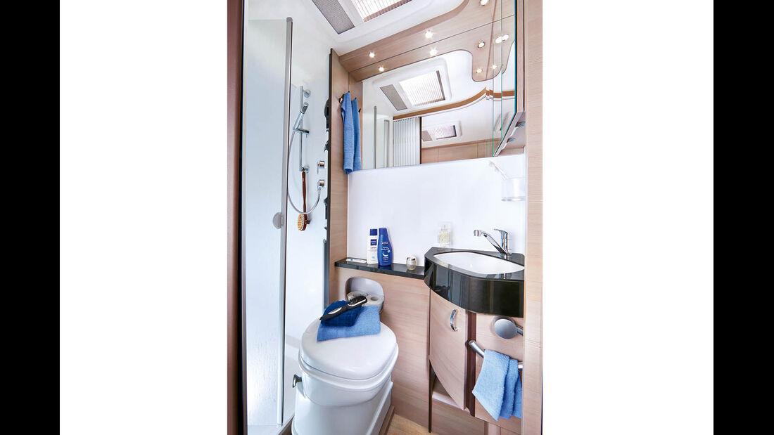 Drehtoilette vor separater Dusche beim Hobby Optima