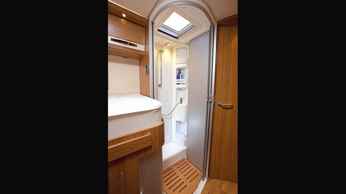 Dusche im Hymer B 678 Premium Line