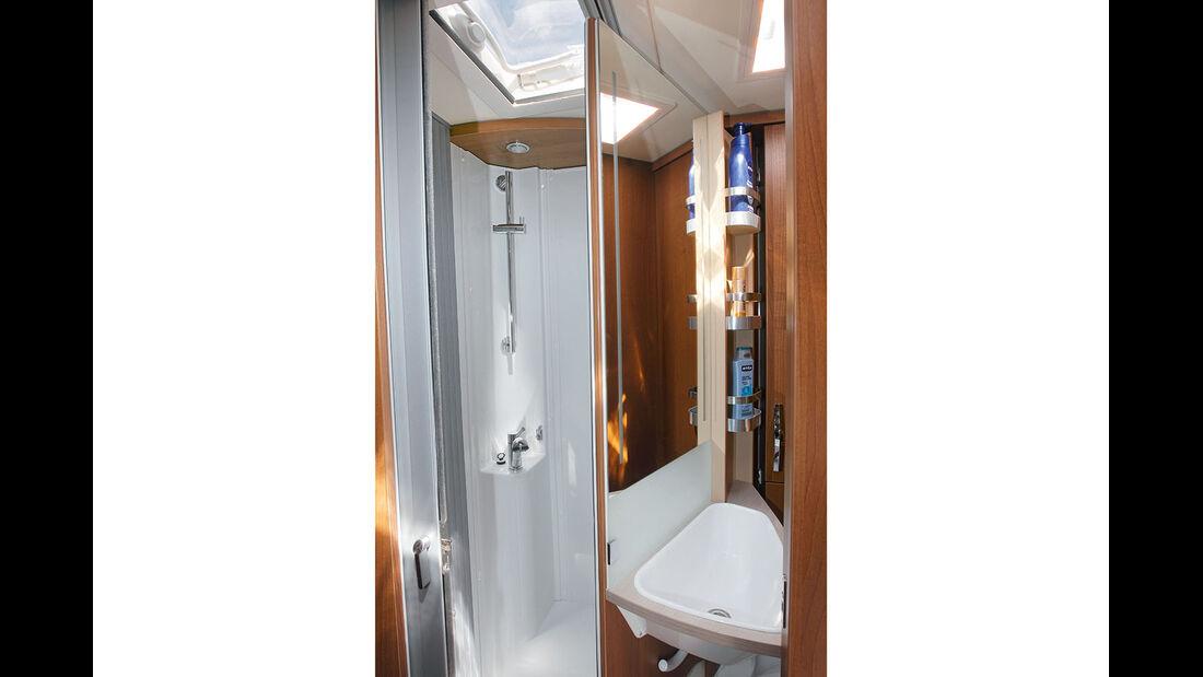 Dusche im Knaus Van I