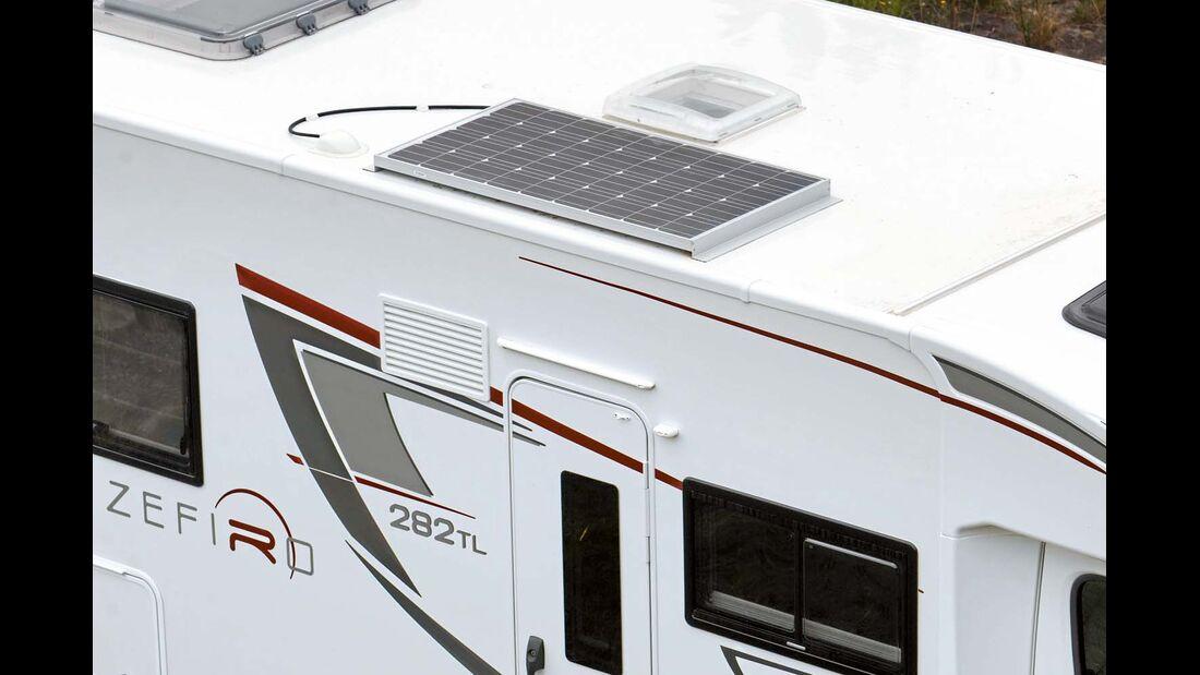 Ein Solarpanel ist auch serienmäßig dabei.