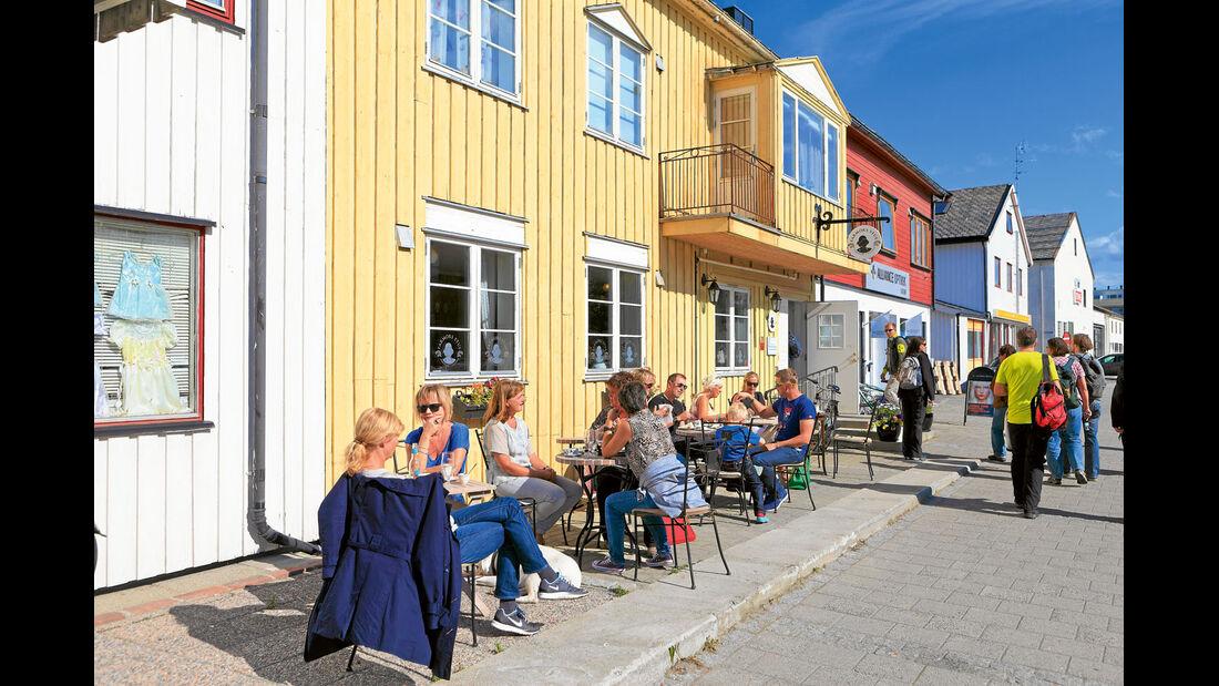 """Ein Stück Süden: Café """"Farmors Stue"""", zu Deutsch """"Großmutters Stube"""", in Bodø."""