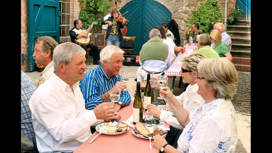 Einmal alle Weine der Rheingauer Winzer kosten