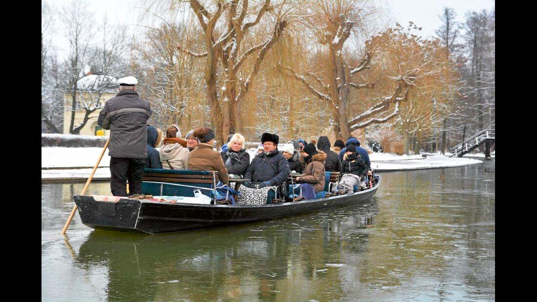 Entspannt im Boot die Vorweihnachtszeit genießen.