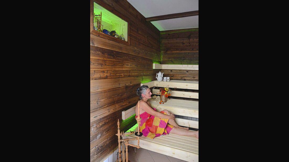 Es reiht sich eine neue Licht-Sauna in die bereits umfangreiche Sauna-Landschaft der Franken-Therme in Bad Königshofen ein.