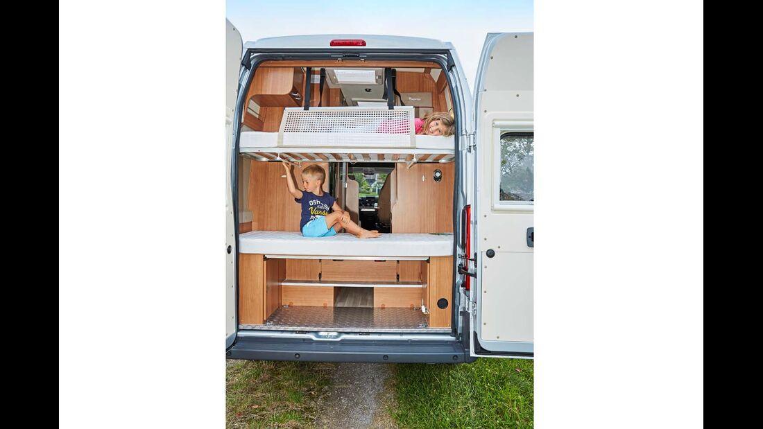 Etagenbetten im Heck für Kinder im Dreamer Family Van