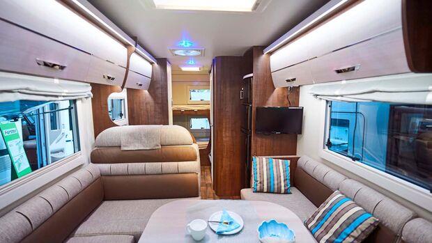 FORSTER Der Integrierte I 726 VB mit Stockbetten bietet bis zu sechs Plätze und ist ab rund 60 000 Euro zu haben.