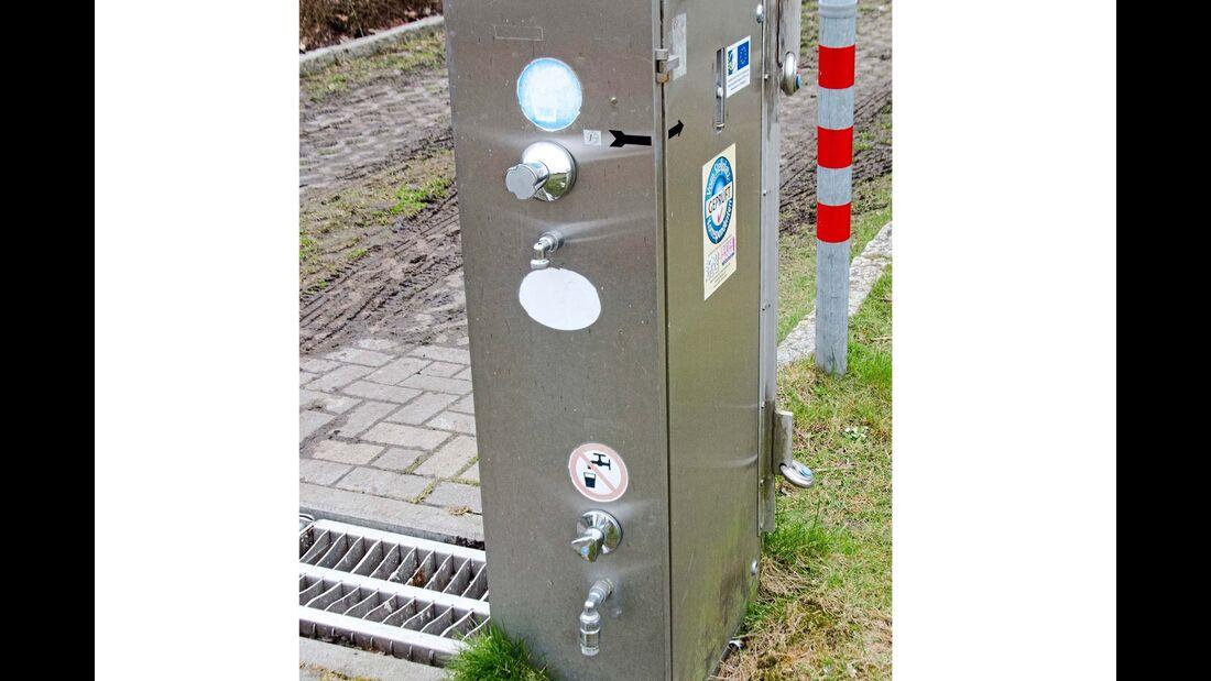 Frischwasser Station auf dem Stellplatz am Störtenekerbad