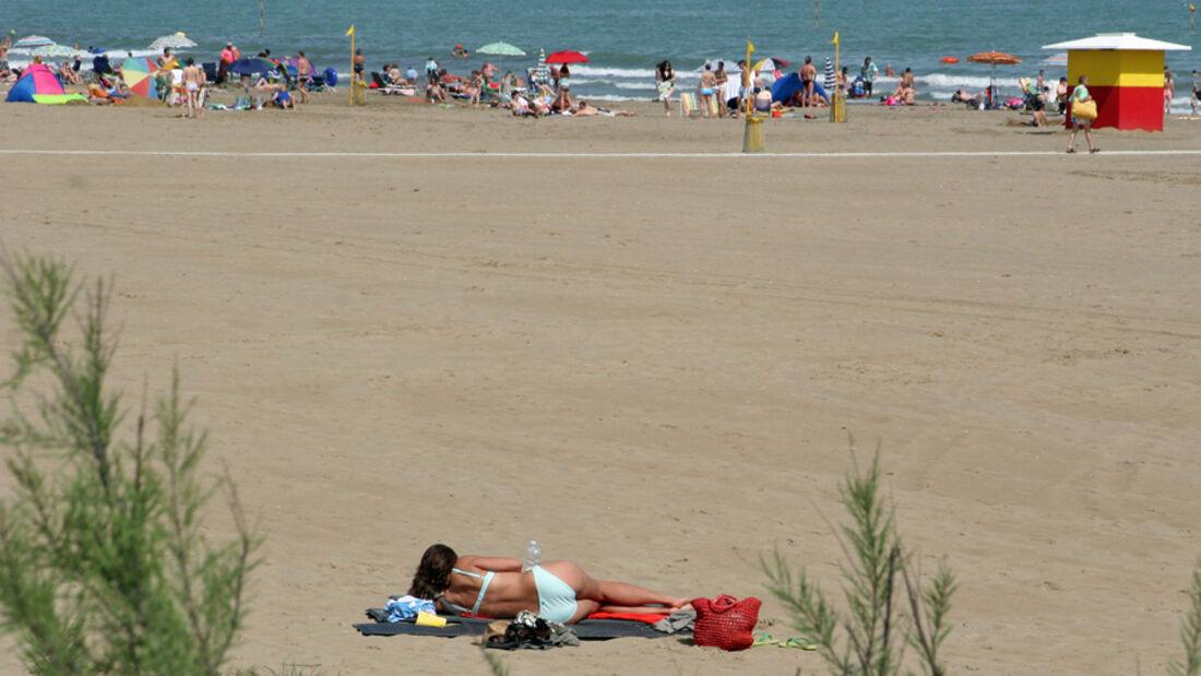 Für den Urlaub im Reisejahr 2011 sind die Deutschen nach der Krise bereit, tiefer in die Tasche zu greifen