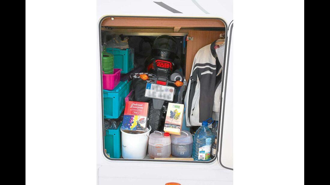 Garage beim Euro Mobil Integra Line 690 HB