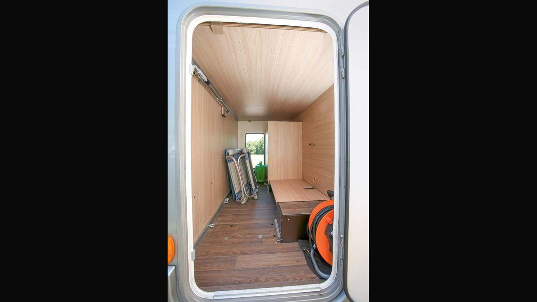 Garage für zwei Fahrräder beim Bürstner Travel Van t 590 G