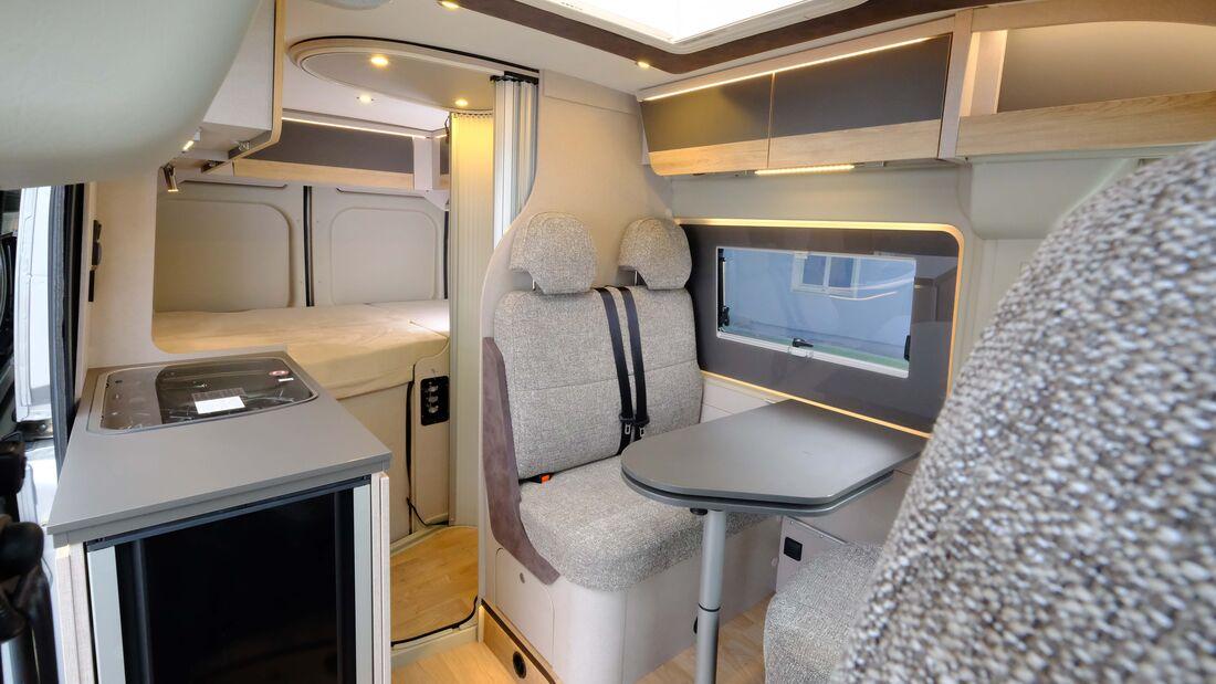 Globecar Elegance (2021)