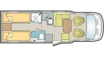 Großzuegiger Einzelbetten-Teilintegrierter mit Hubbett über der Sitzgruppe.