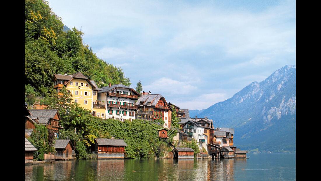 Häuser am Berghang in Hallstatt