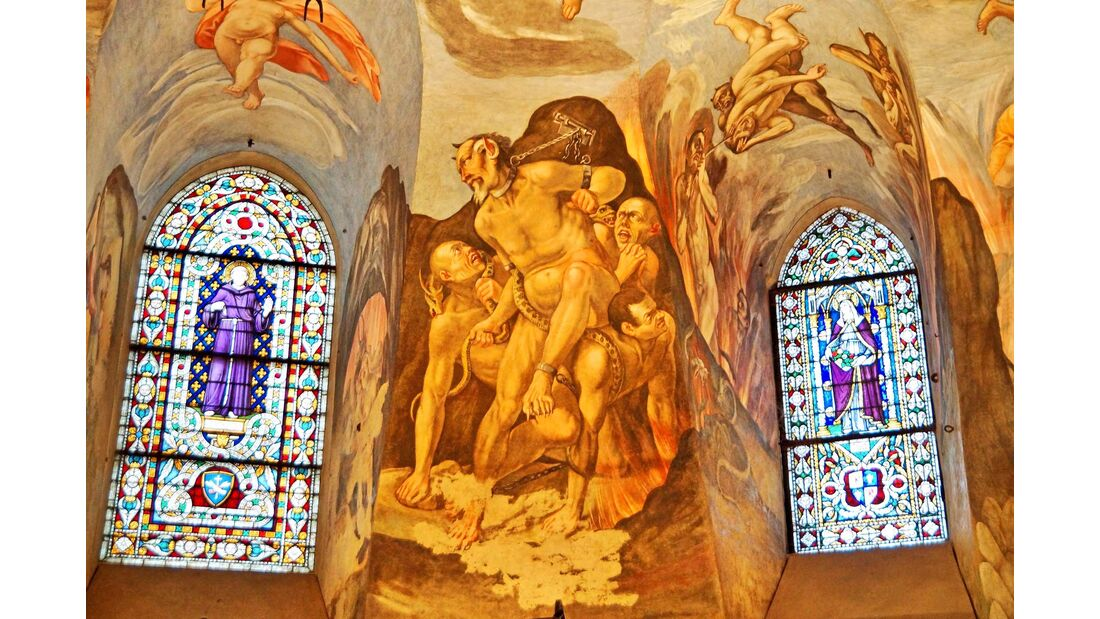 Herausragende Kunstwerke finden sich in der Basilica di San Francesco in Assisi (oben) und im Dom von Spoleto.