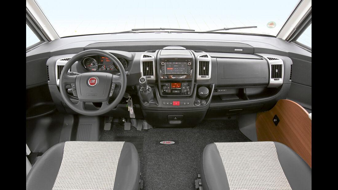 Homogen gestaltetes Cockpit.
