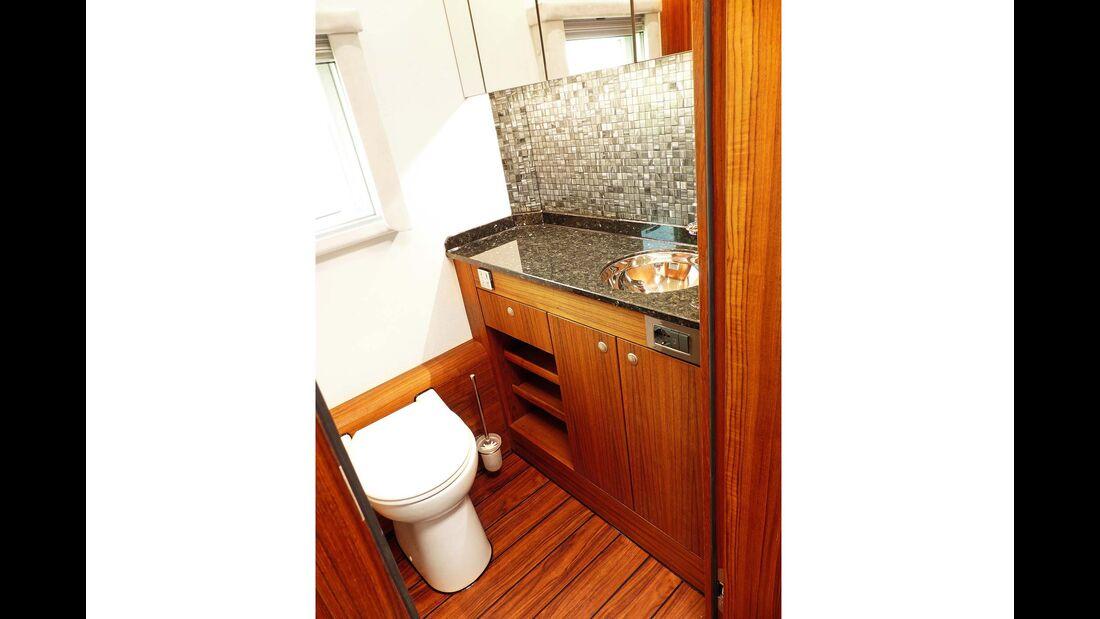 Hünerkof MAN Toilette