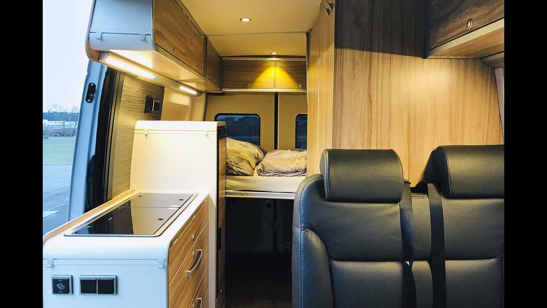Hymer-Car Sitze, Küche, Bett