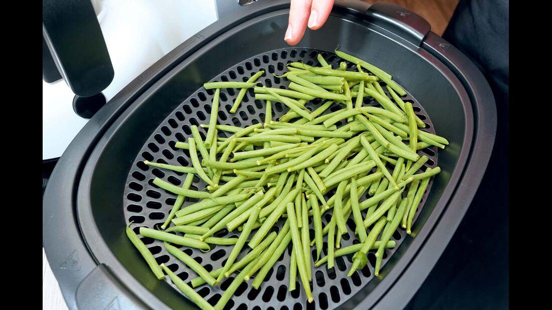 Im Dampfgaraufsatz wird das Gemüse schonend zubereitet.
