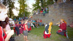 Im Naturpark Haßberge kann man das Mittelalter hautnah erleben und einiges über die längst vergangenen Tage lernen.