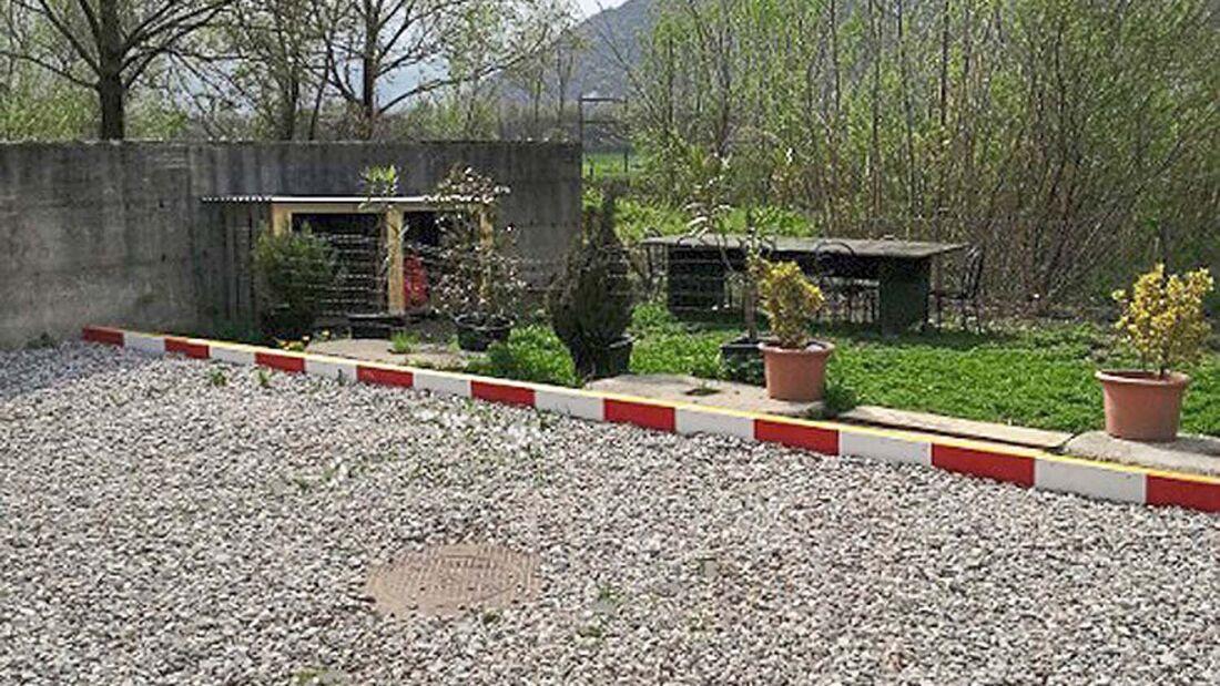 Im Süden der Schweiz in der Nähe von Bellinzona liegt der kleine Stellplatz Swissvan, der das ganze Jahr über geöffnet ist.