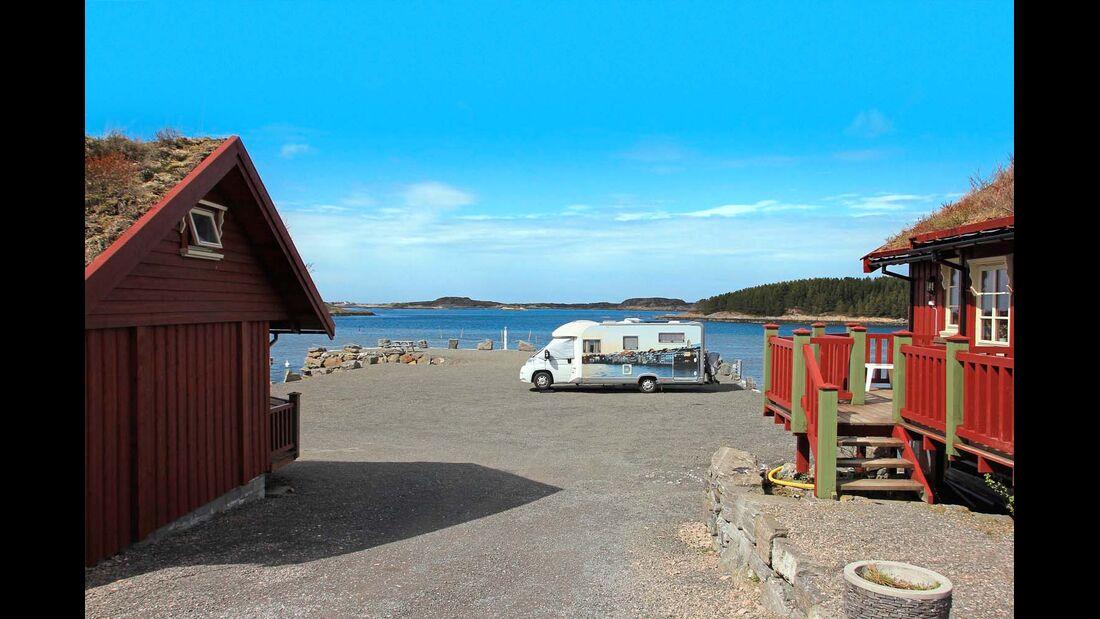 In Norwegen gibt es  viele kleine Dörfer, aber promobil-Leser Alois Deuber hat in einem seinen lieblings Stellplatz gefunden.