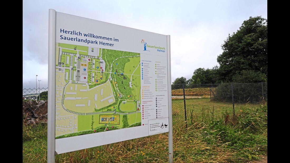 Infotafel Aufbau des Sauerlandparks