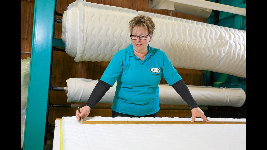Jede Matratze mit einem speziell für sie gefertigten Bezug