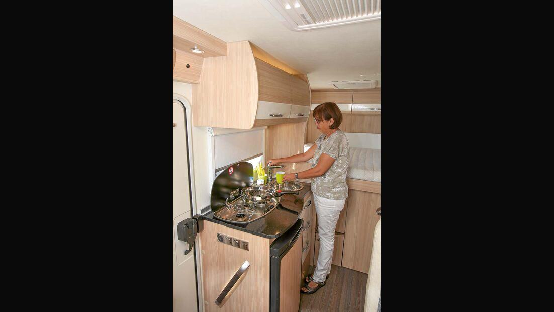 Kompakter Küchenblock beim Bürstner Travel Van t 590 G