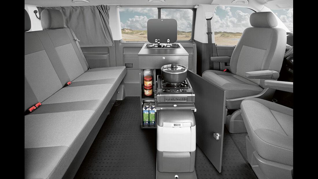 Kompaktes Kuechenmodul im Multi, neue Sitzbank mit Isofix-Sicherungen.