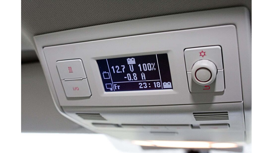 Kontrollbord mit Direktwahltasten für Kühlbox und Heizung beim VW California