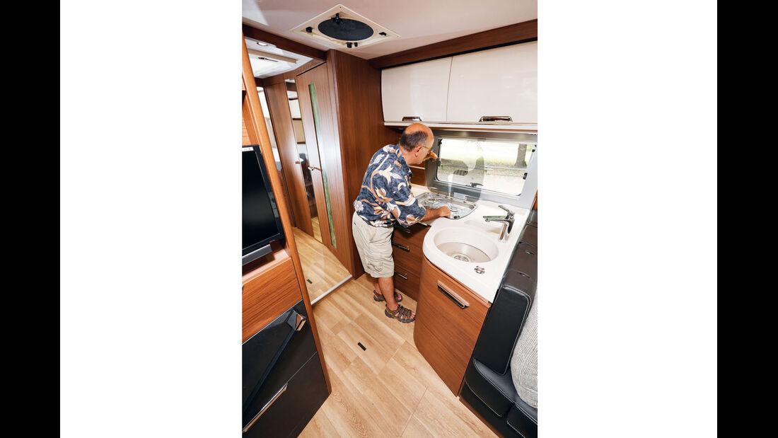 Küche ohne Ablagefächer beim Arto 88 EK