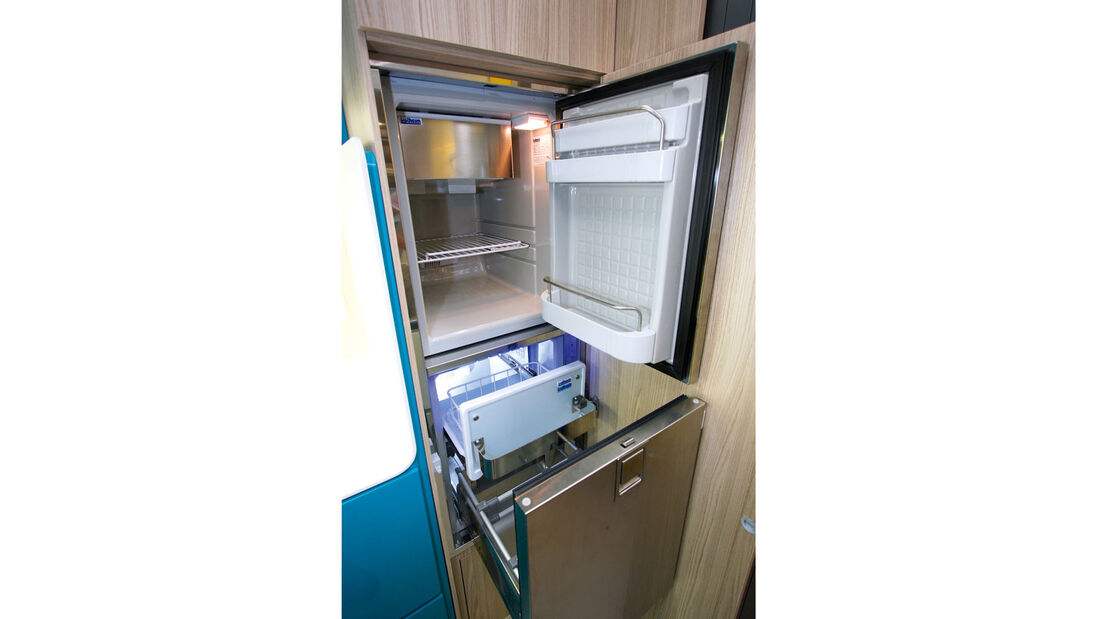 Kühl- und Gefrierschrank in Kompressortechnik beim Wohnmobil Triaca