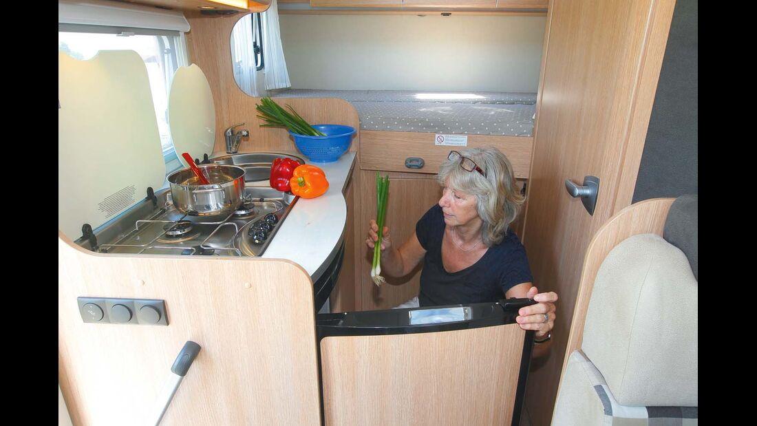 Kühlschrank nicht in griffgünstiger Höhe beim Sunlight T 60