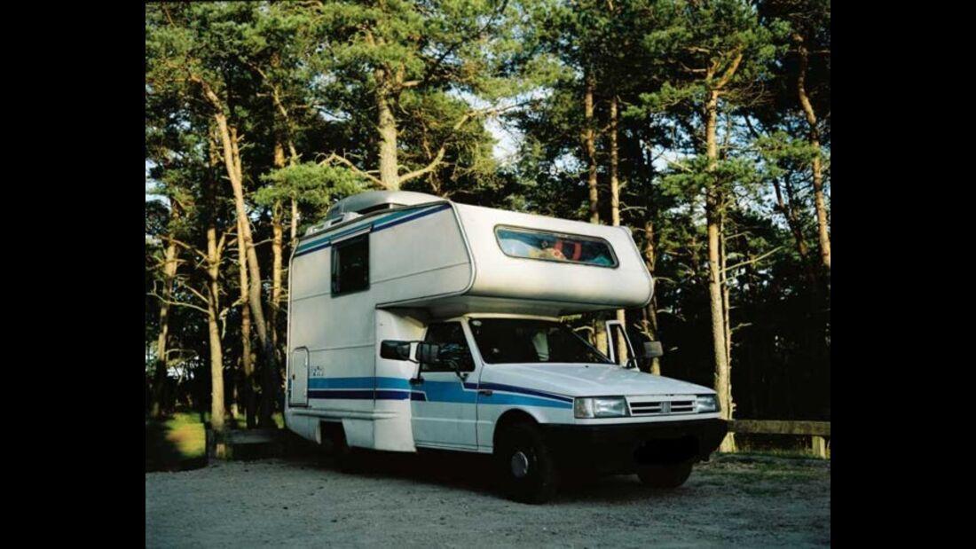Kuriose Wohnmobile und Wohnwagen