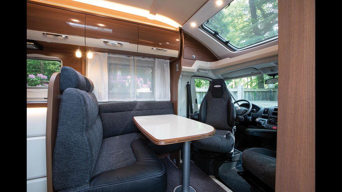 LMC Cruiser Comfort 732