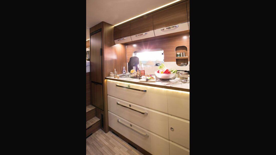LMC Cruiser Passion T 673 G Küche