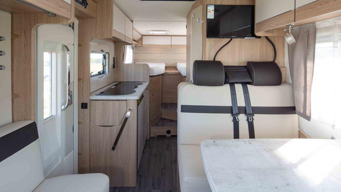 LMC Cruiser Van 646 G (2021)