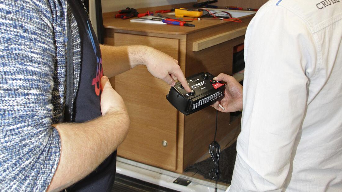 Ladegerät-Einbau im Reisemobil