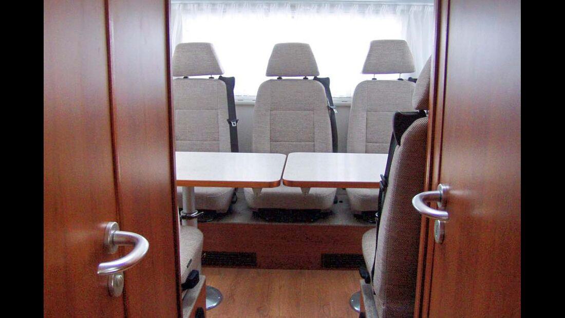 Lesermobil Trainer-Bus Seminarraum