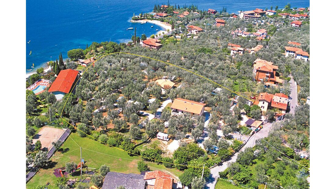 Malcésine: Campeggio Lombardi am Ufer des Gardasees.