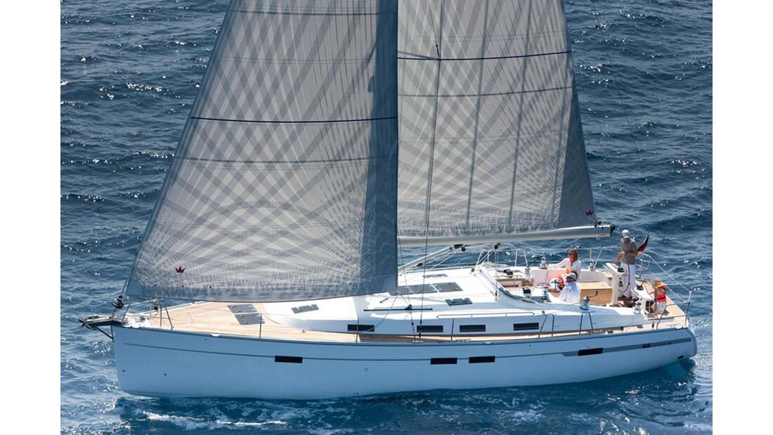 Megayachten Bavaria Cruiser 4