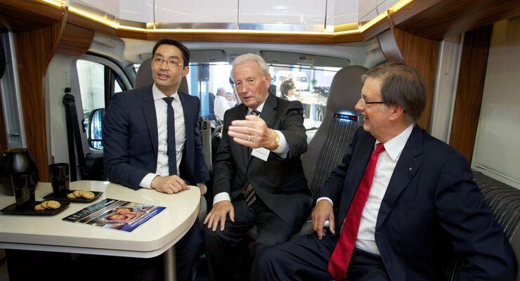 Mehr als 1000 Teilnehmer kamen mitte Juni zum Unternehmertag Nord. Zu den Gästen gehörten auch Bundeswirtschaftsminister Dr. Philipp Rösler.