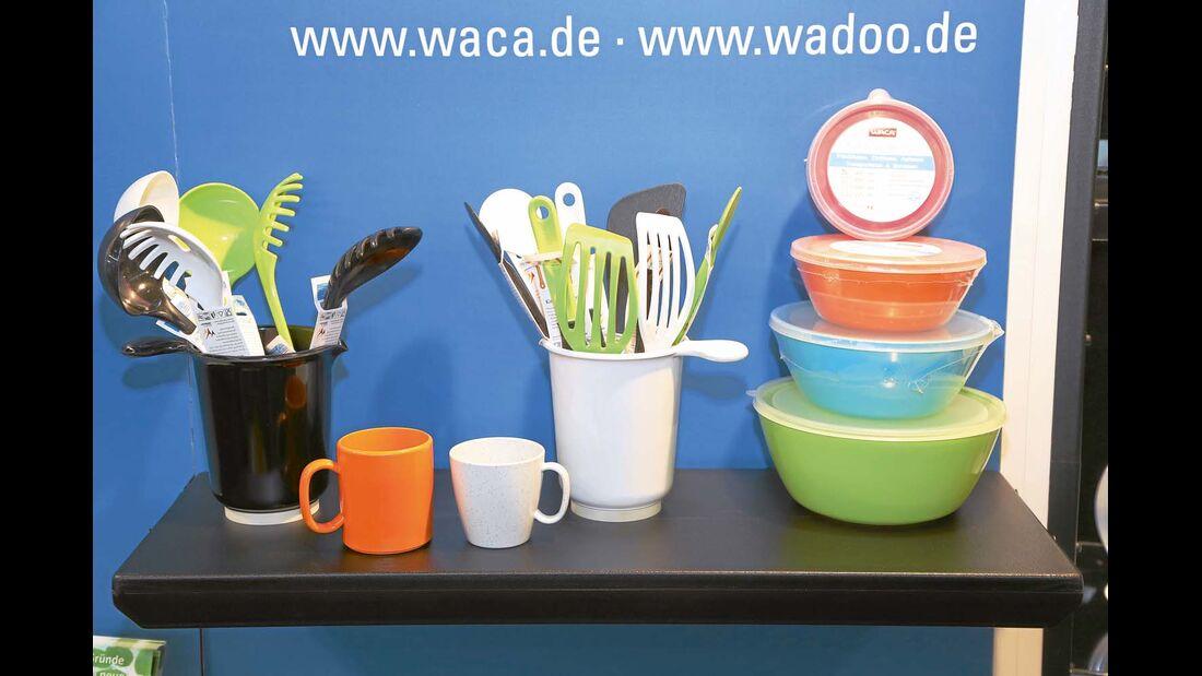 Melamin ist bisher in Reisemobilküchen das dominierende Material für Teller, Tassen und Kochbesteck