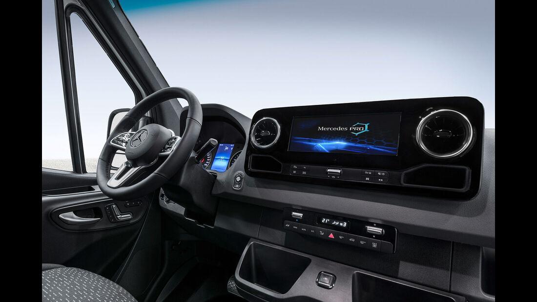 Mercedes Sprinter Cockpit