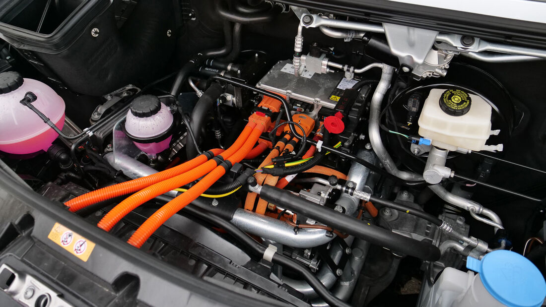 Mercedes e-Sprinter Transporter mit Elektroantrieb