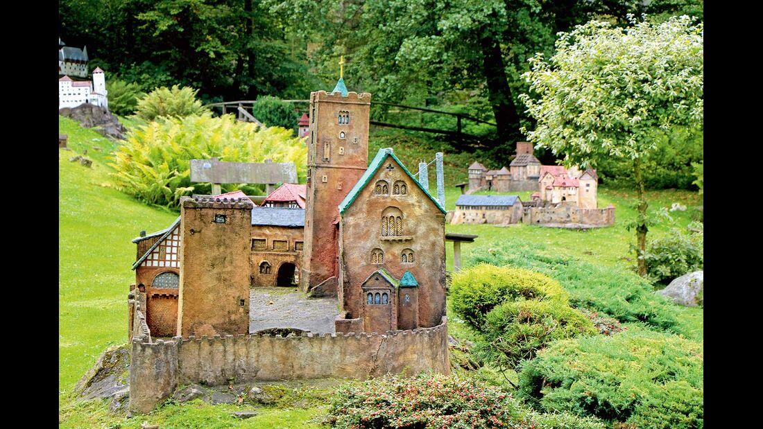 Miniaturenpark Mühlenplatz bei Gieselwerder